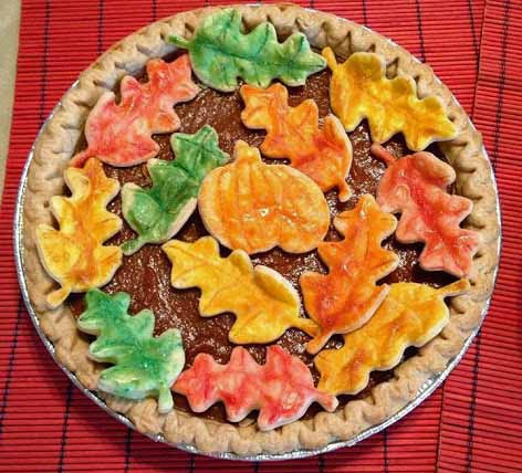 Ventito Bakery pumpkin pie with Leaves