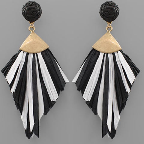 Raffia Tassel Earring: Black & White