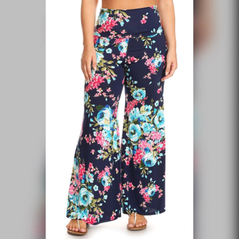 Plus: Nothing But Flowers Pants