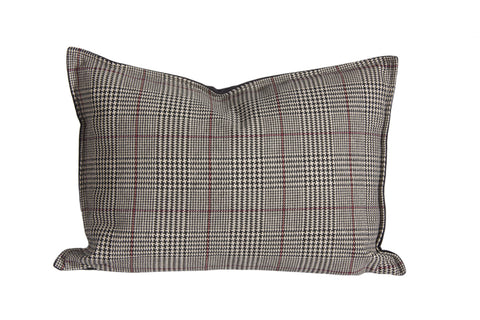 "L626-1802 Country Style City Chic Cotswold Black Sofisticated Houndstooth Plaid Pattern Pillow 14""x20"" Flanged with Feather Insert and Zipper for easy removal for Laundering Proudly Manufactured in Canada"