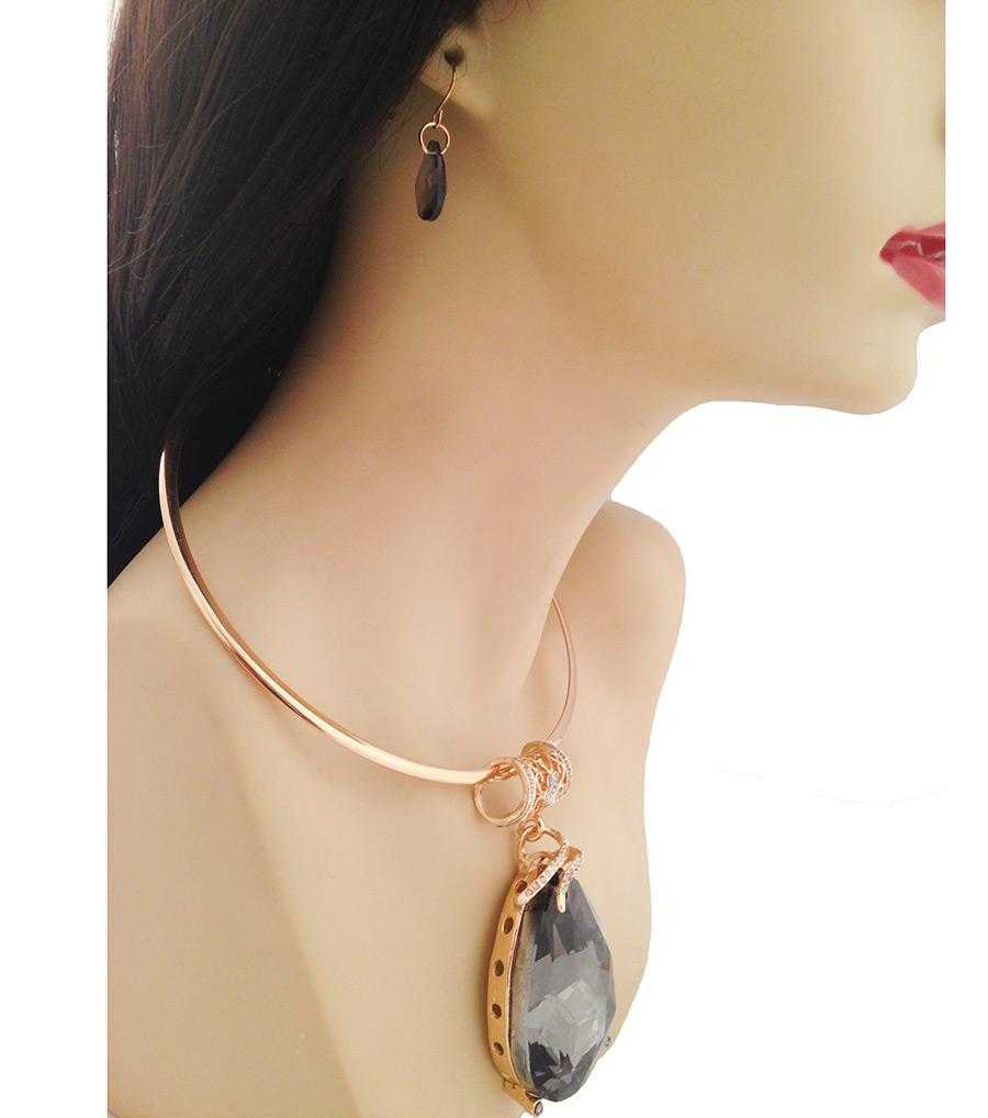 Gold Large Black Teardrop Pendant Choker Set