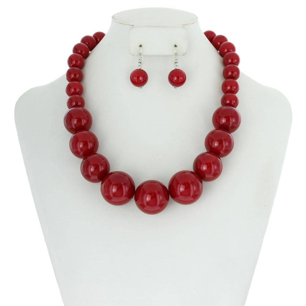 Large Pearls Red Necklace