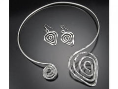 Silver Plated Open Collar Choker With Hammered Spirals