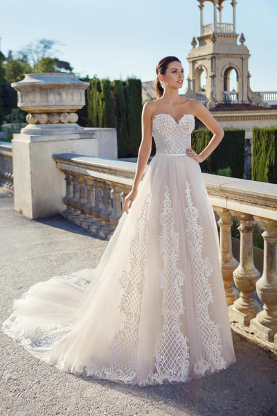 Lace Aplique Sweetheart Gown with Detachable Tulle Skirt