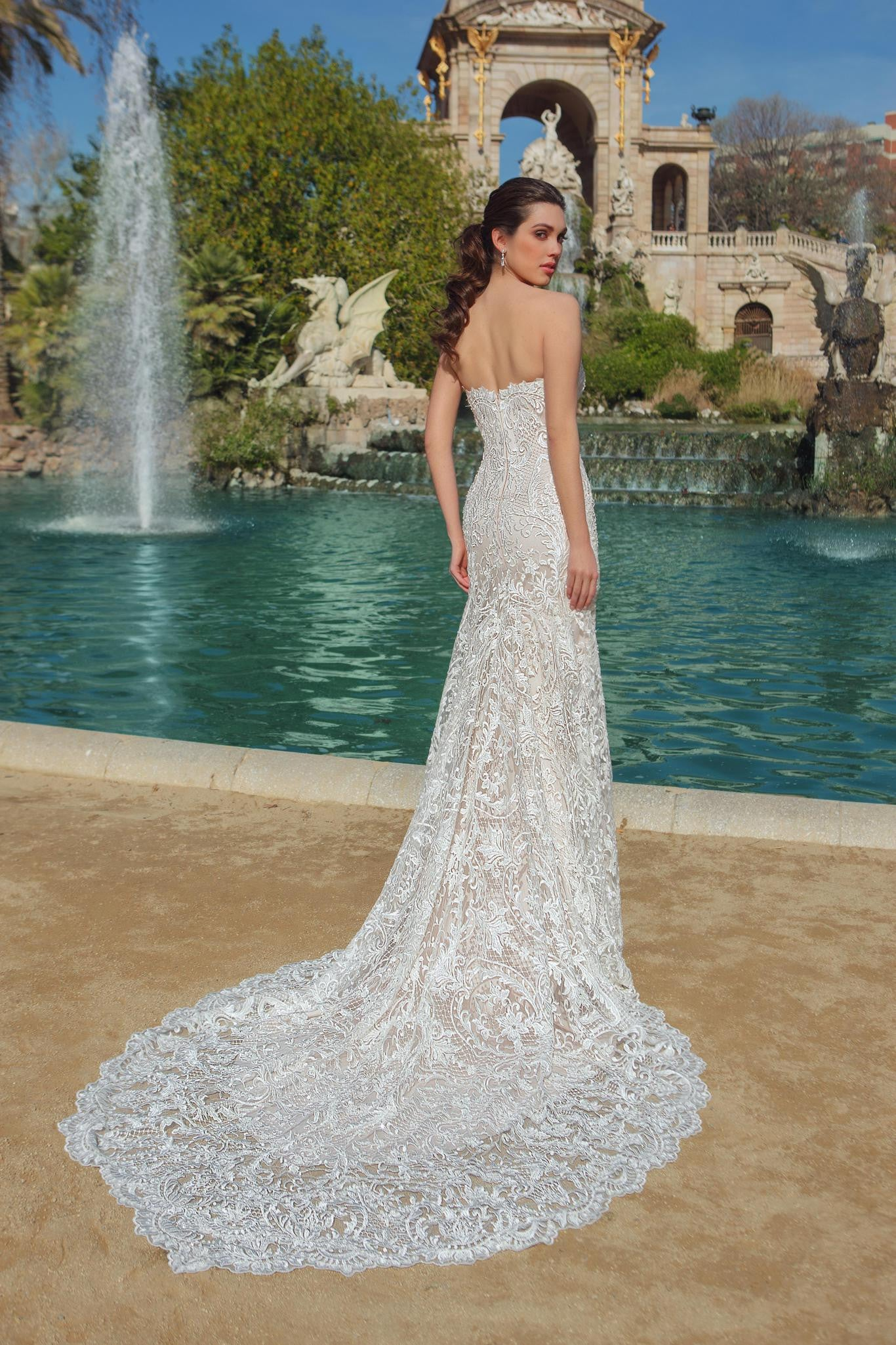 Strapless Sweetheart Lace Column Wedding Gown – The Magic of Chic