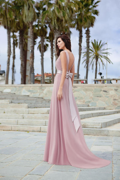 Bateau Neckline Open Back Liliac Dress