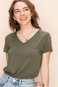 V-NECK SHORT SLEEVE TOP WITH POCKET Olive