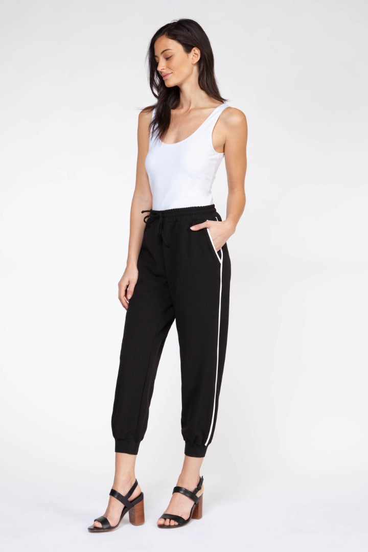 JOGGER PANT WITH PIPING DETAIL