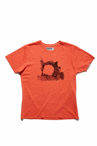 M5026GH01PID Vintage Red-Graphic sewing machine tee