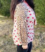 Heart Top w/Leopard Sleeve Contrast