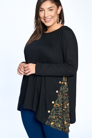Side Button Tunic w/Leopard Contrast (S-3X)