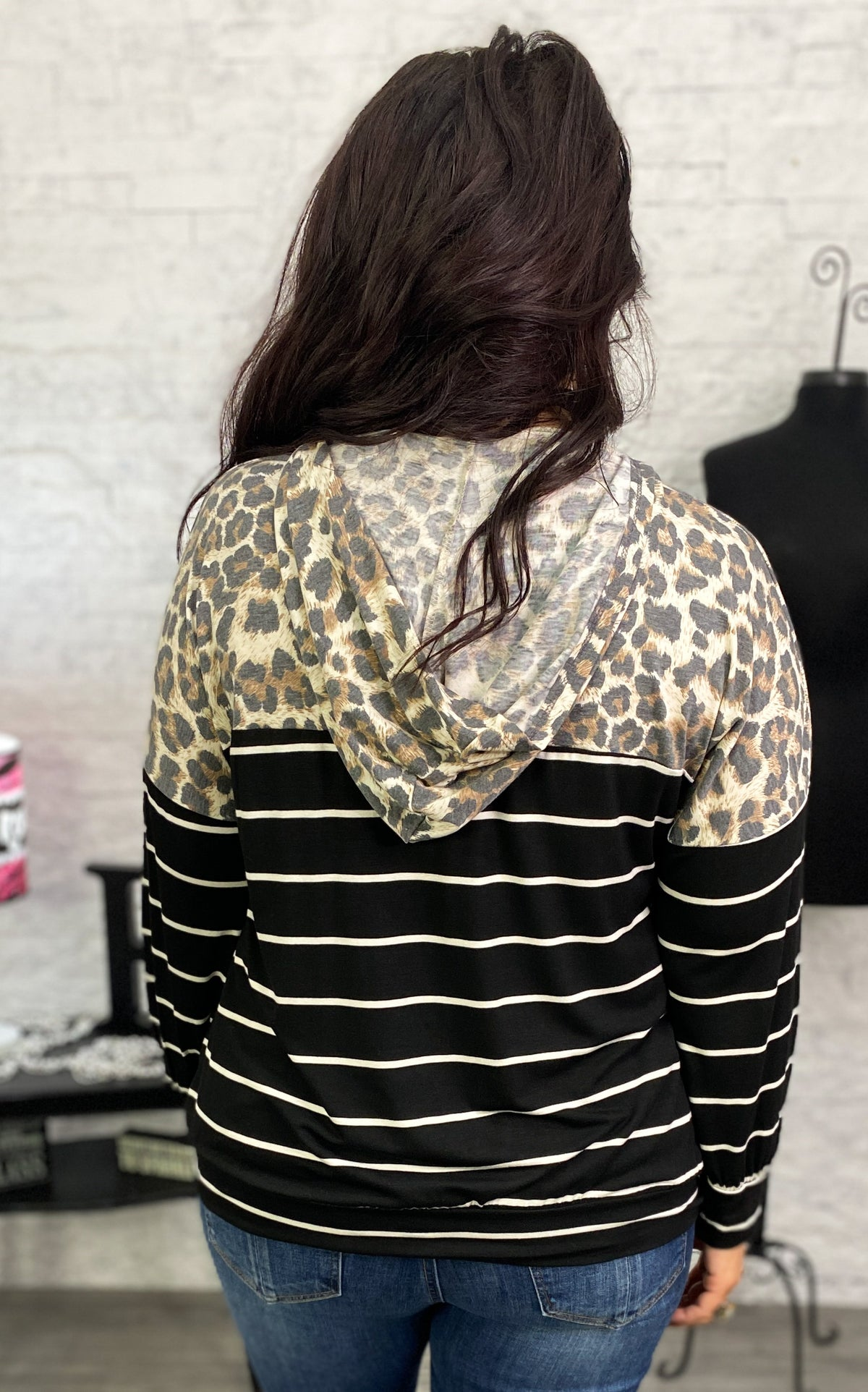 Leopard Contrast Twisted Hem Top