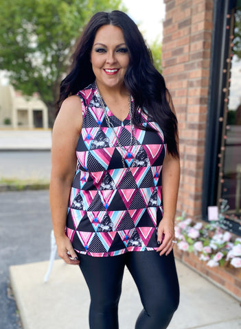 Triangle Patchwork Sleeveless Top (S-3X)