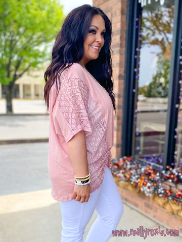Lace Contrast Front Twist Top