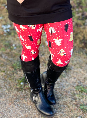 Snowy Christmas Tree Brushed Leggings (Reg & Plus)