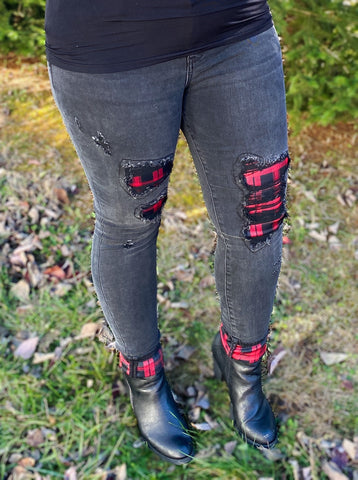 Black Plaid Patch Cuffed Skinny Jeans