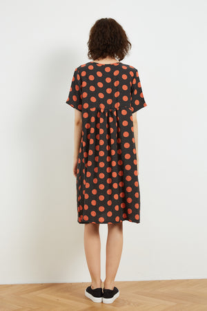 HIGH SEAM POCKET DRESS