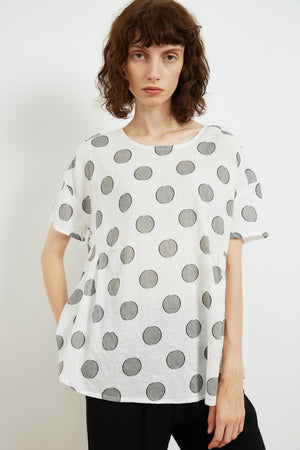 SIMPLE SHAPE TOP