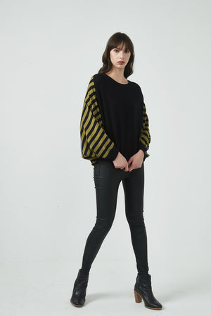 18K80142 STRIPE BACK KNIT (more colours available)