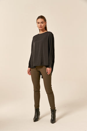 DEEP SLEEVE TOP