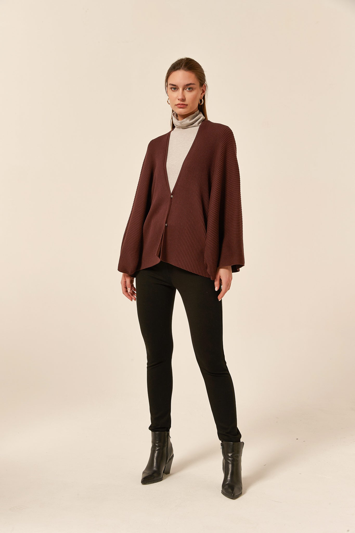 CONCEALED BUTTON CARDIGAN