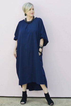 RELAXED BATWING DRESS