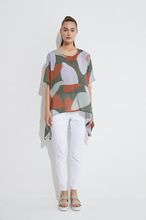 EXAGGERATED HEM TOP