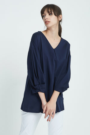 LUXE COTTON JERSEY V NECK TOP