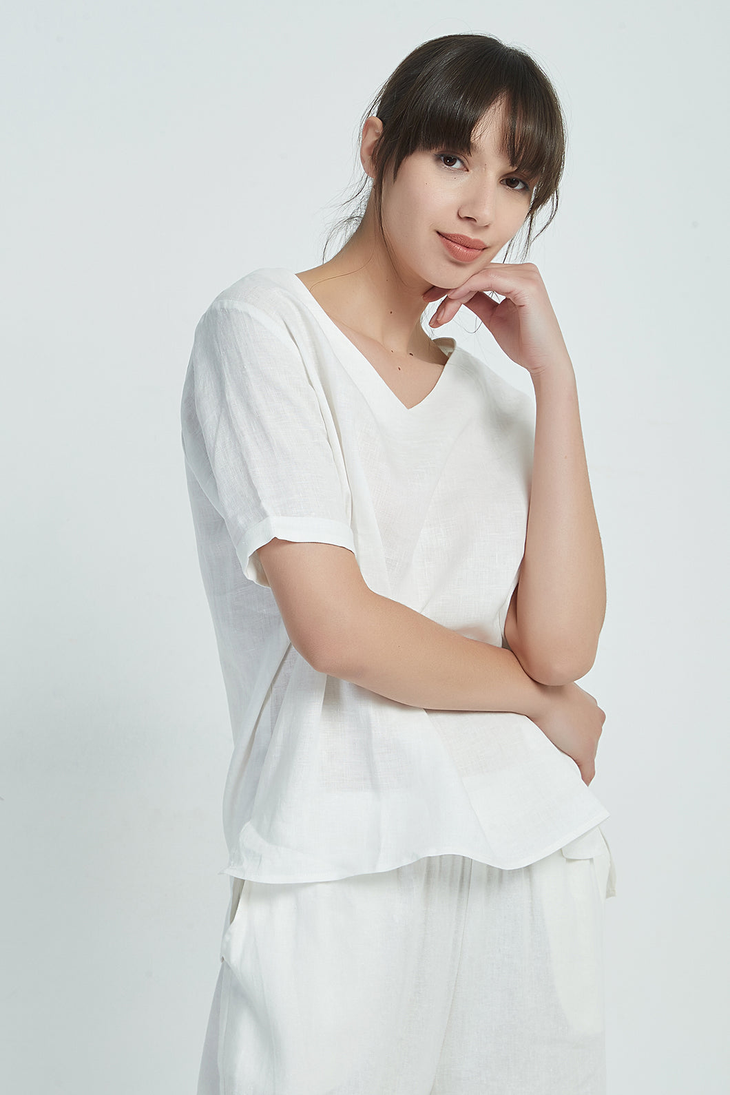 19A9043 V NECK LINEN TOP (more colours available)