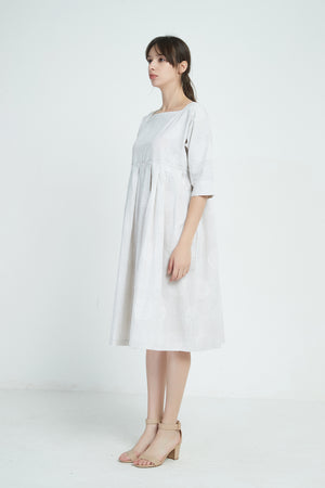BIG SPOT PLEAT DRESS