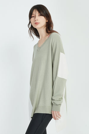 ASYMMETRIC BLOCK KNIT