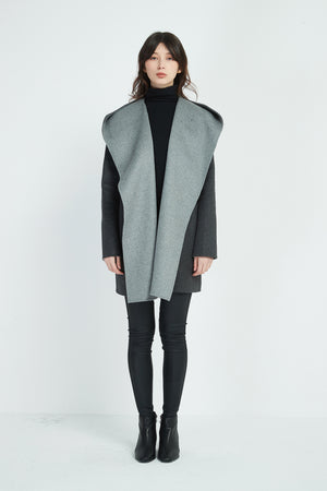 CONTRAST BIG COLLAR COAT