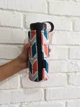 Load image into Gallery viewer, Pattern J500 Jacket Water Bottle - Oslo