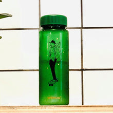 Load image into Gallery viewer, Water Bottle S500 Christmas Skateboarding - Green color - WEMUG
