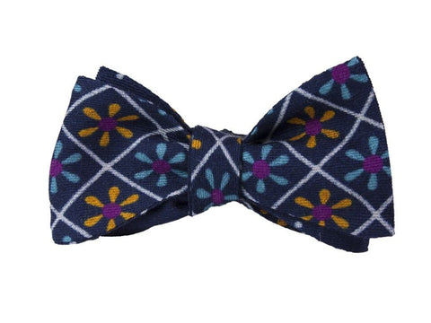 Navy Wool and Silk Propeller Bow Tie
