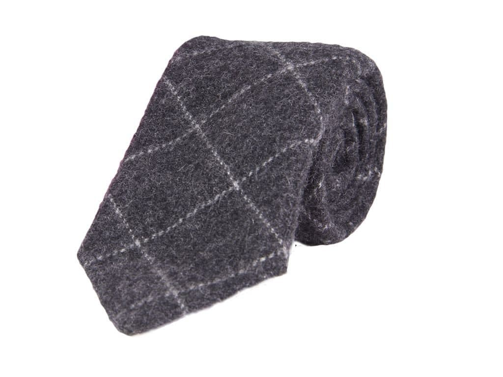 CHARCOAL THIN CRISSCROSS CASHMERE TIE