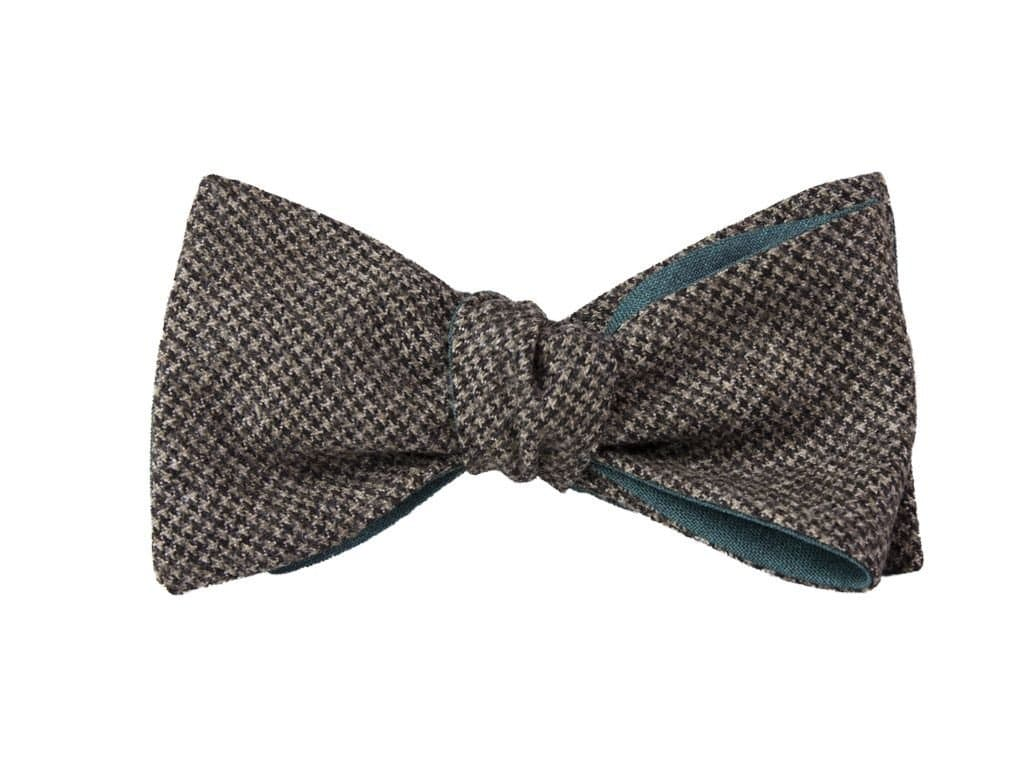 BROWN SMALL HOUNDSTOOTH WOOL BUTTERFLY BOW TIE