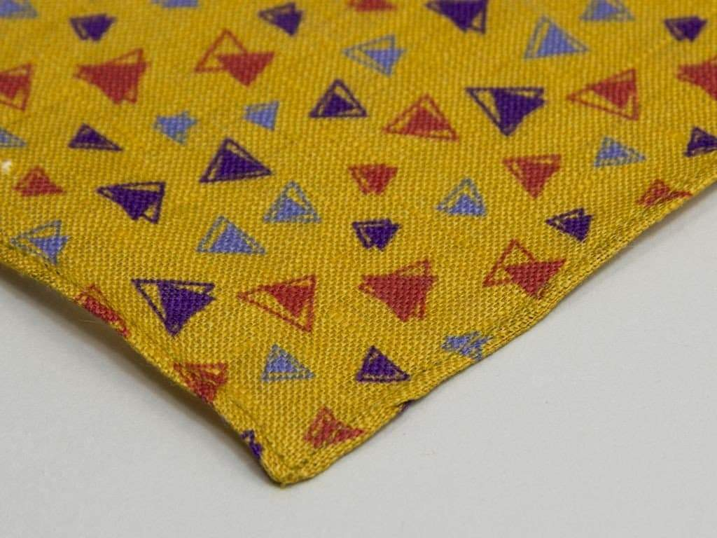 TRIANGLES PRINTED LINEN POCKET SQUARE