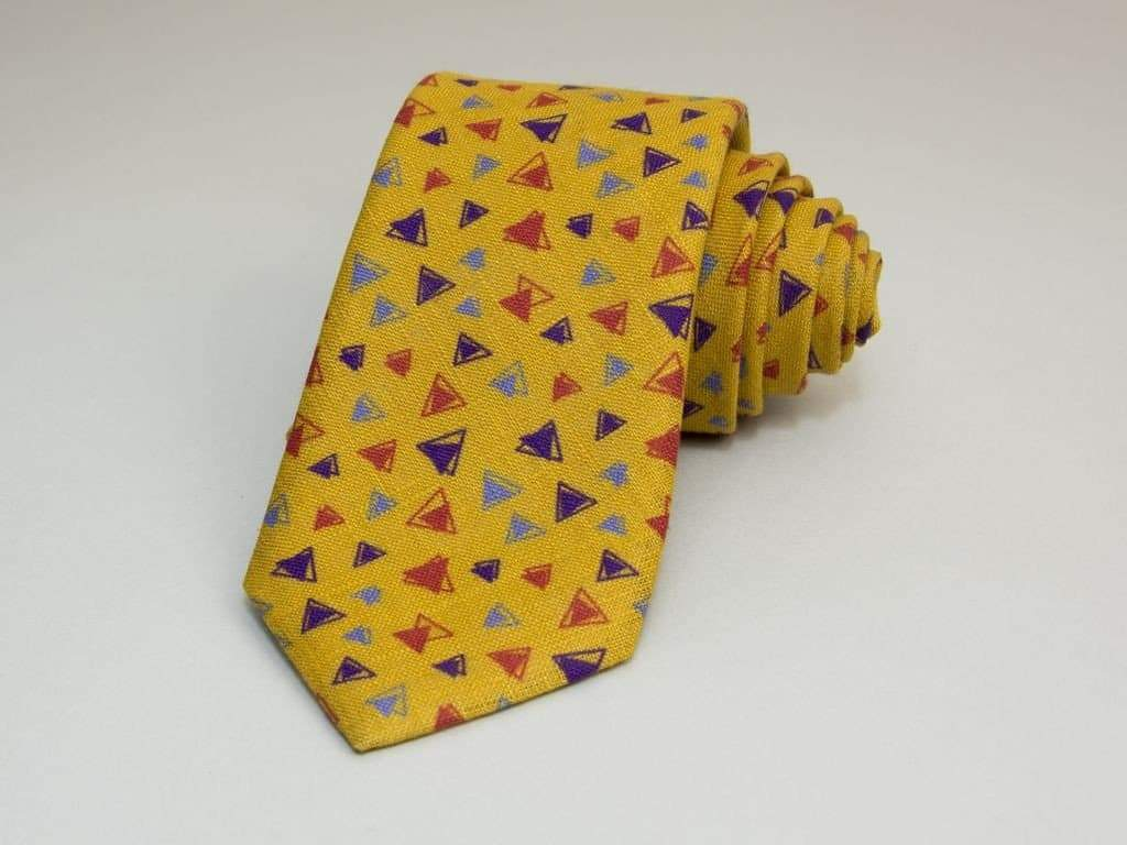 Triangles Printed Linen Tie