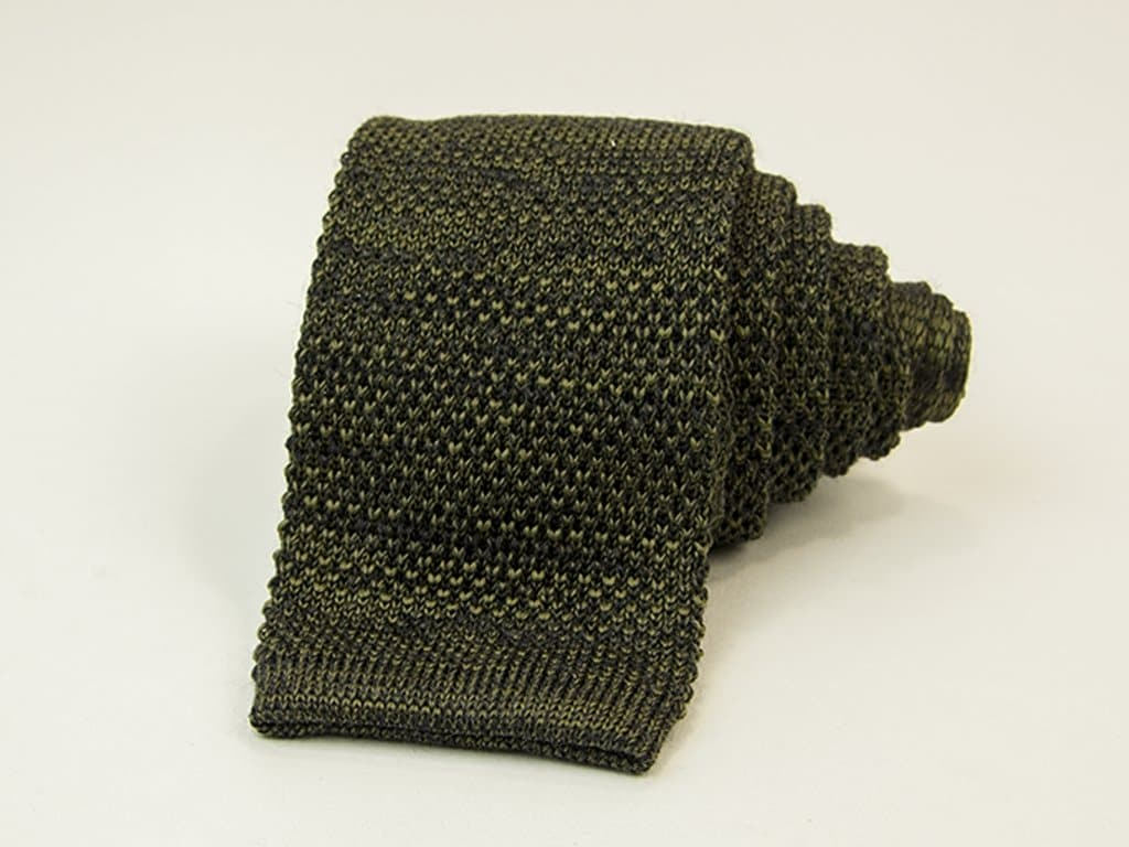 SOLID MELANGE WOOL & SILK KNITTED TIE