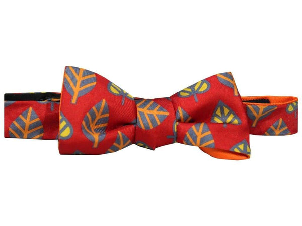 Leaves Printed Silk Small Windsor Bow Tie