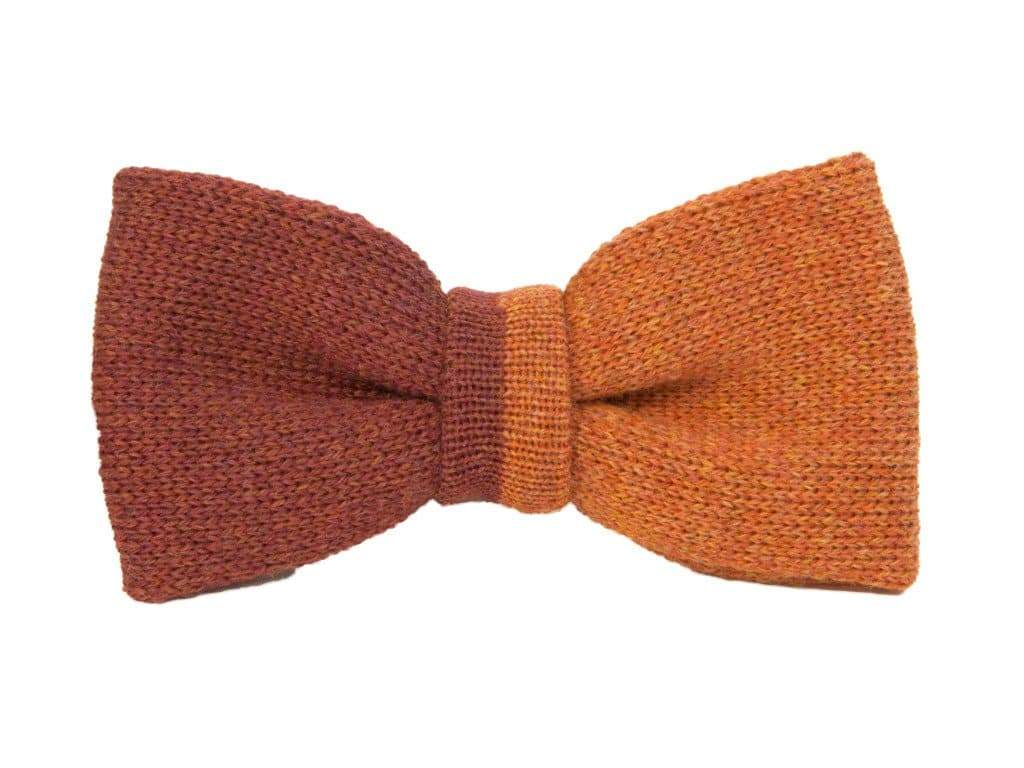 VERTICALLY SPLIT WOOL KNITTED BOW TIE