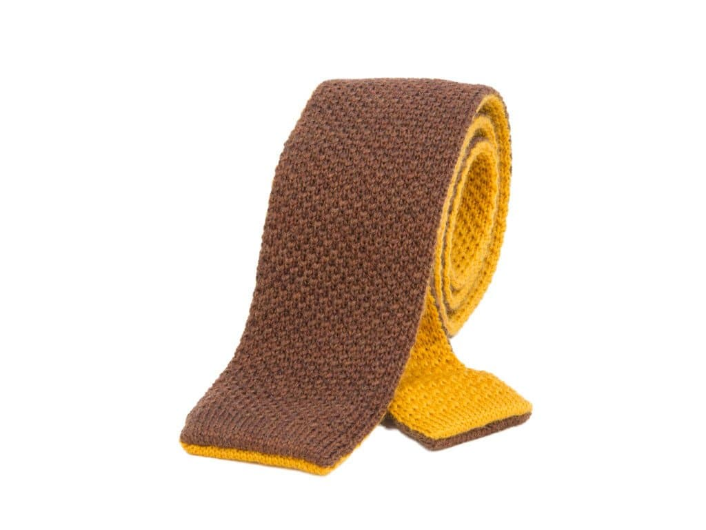 REVERSIBLE THICK WOOL KNITTED TIE