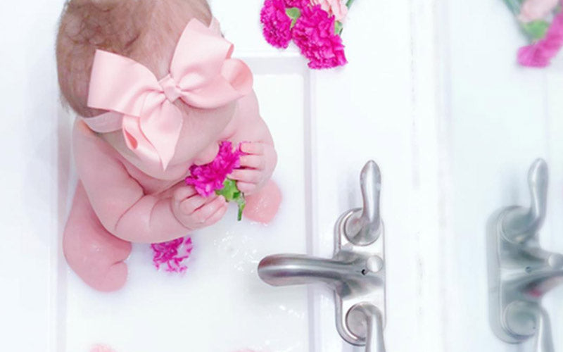 Tips for First Moms on Bathing a New Born