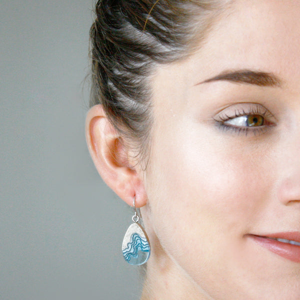 BoldB Seashore Dangle Earrings - Aqua