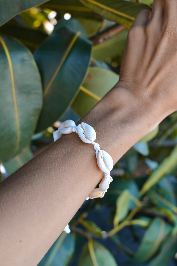Airllywood - Airllywood, Cowrie Bracelet, Bracelet