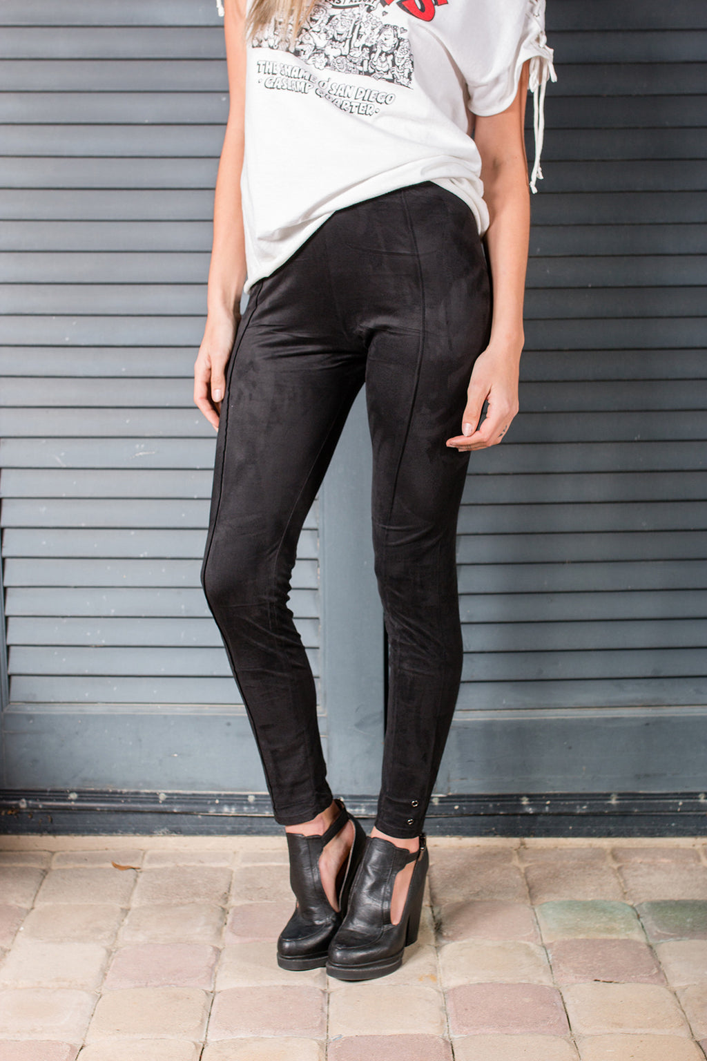 """Suede Persuasion"" Leggings"