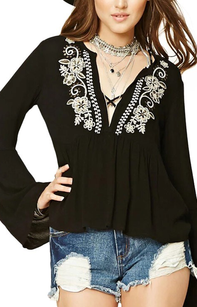 Trendy-Road-Style-Shop-Online-Woman-Fashion-Street-blouse-embroidery-floral-vneck-black