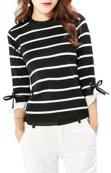 Cassandra, Sweater Black and White Stripes