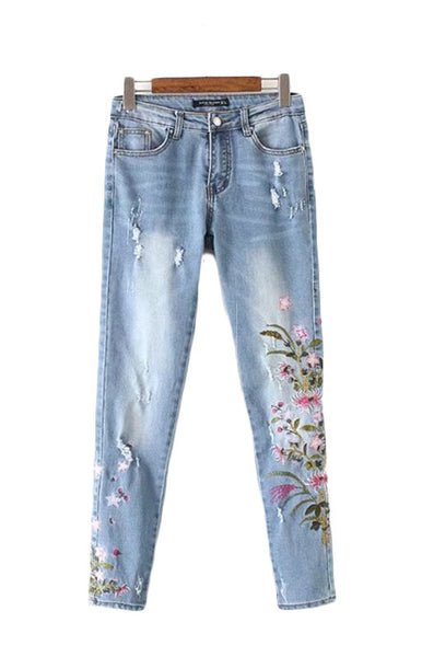 Trendy-Road-Style-Shop-Online-Woman-Fashion-Street-jeans-denim-holes-embroidery-floral